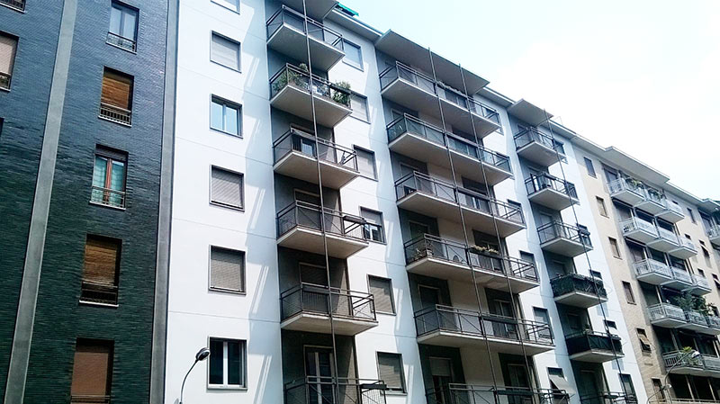 Como: Appartamenti ed Uffici in Vendita
